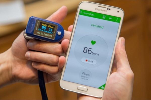 Máy đo nhịp tim