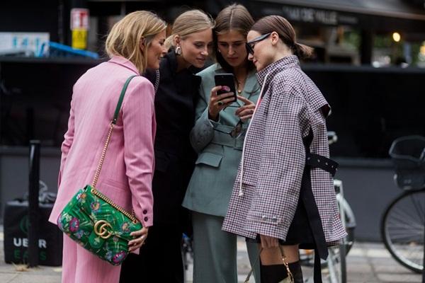 Tính năng giúp người dùng mua sắm dễ dàng trên instagram
