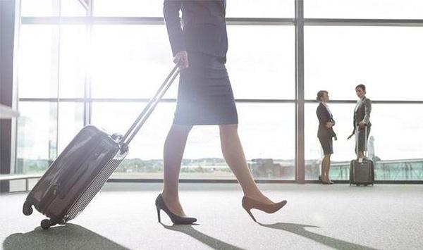 Nguồn hàng Thái Lan có thể nhập tư tiếp viên hàng không