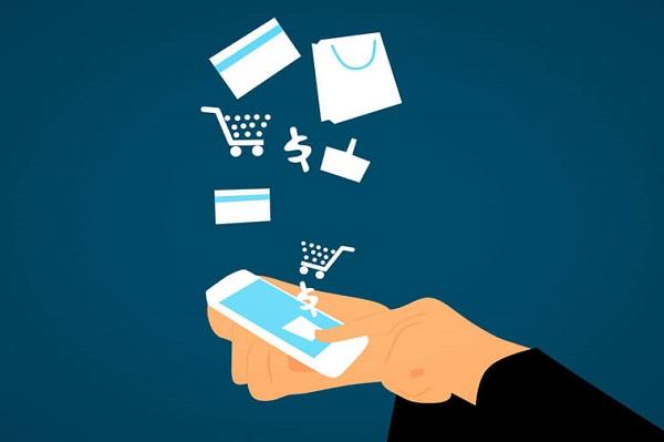 Phí mua hàng 1% khiến khách hàng mua ồ ạt