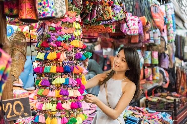 Mua buôn hàng thời trang Thái Lan tại chợ sỉ