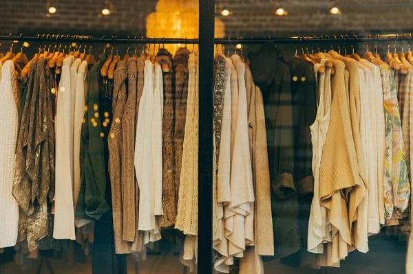 Nên ưu tiên chọn xưởng có quần áo sỉ chất lượng tốt