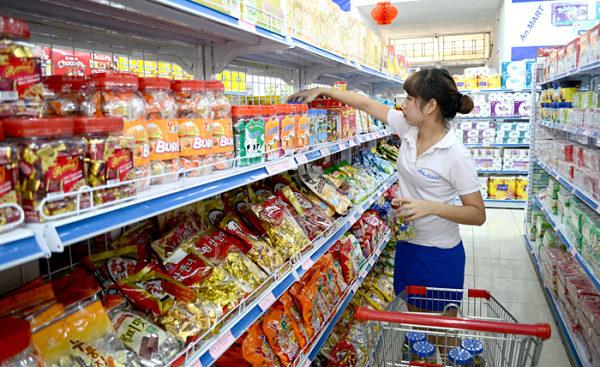 Nguồn hàng tạp hóa từ các siêu thị lớn ở Hà Nội
