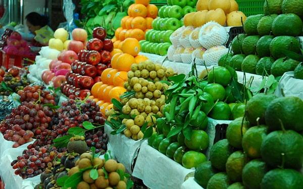 Buôn bán trái cây theo mùa