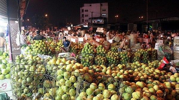 Hoạt động mua bán tại chợ Thủ Đức