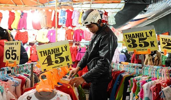 Chợ Phùng Khoang - chợ đầu mối quần áo giá rẻ tại Hà Nội
