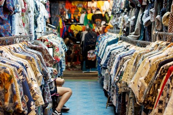 Khu chợ đêm sỉ quần áo Thái Lan