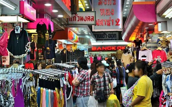 Chú ý thời điểm chợ Pratunam hoạt động trong ngày