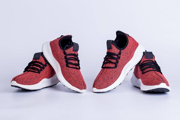 Nguồn sỉ sneaker giá rẻ nhất chưa chắc đã tốt nhất