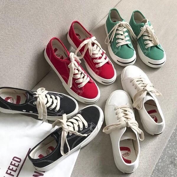 Các mẫu giày được ưa chuộng hiện nay