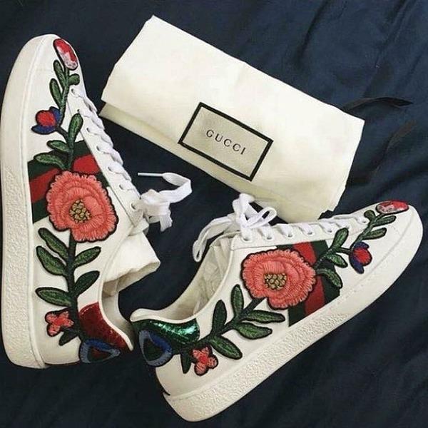 """""""Nàng thơ"""" Gucci Ace Floral"""