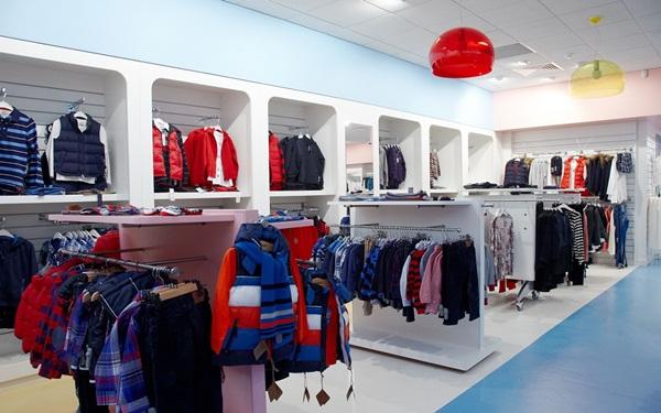 Mở shop bán quần áo, giày dép