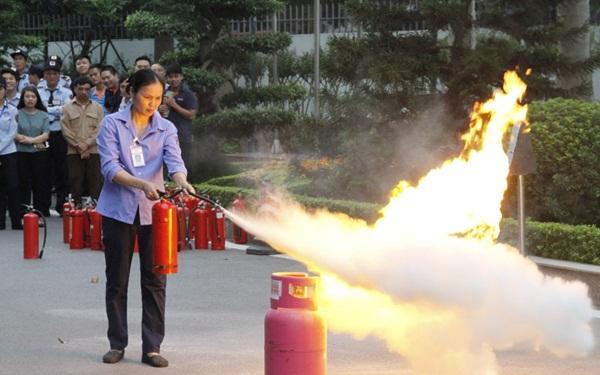 Tập huấn phòng cháy chữa cháy cho nhân viên