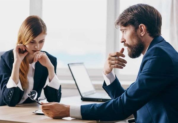 Thái độ kiên định giúp nhân viên tôn trọng bạn hơn