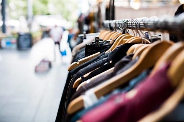 Thời trang - Mặt hàng bán chạy trên Facebook