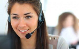 Cách chăm sóc khách hàng hiệu quả là luôn nở nụ cười trong cuộc nói chuyện
