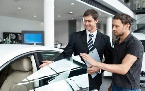 Am hiểu sâu rộng về sản phẩm ô tô là một trong những kỹ năng cơ bản nhất khi bán hàng ô tô