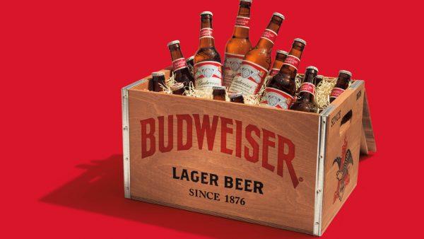 Budweiser bán đắt khách nhờ biết cách nâng giá một lựa chọn