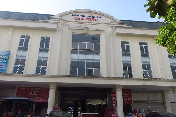 Chợ Giầu
