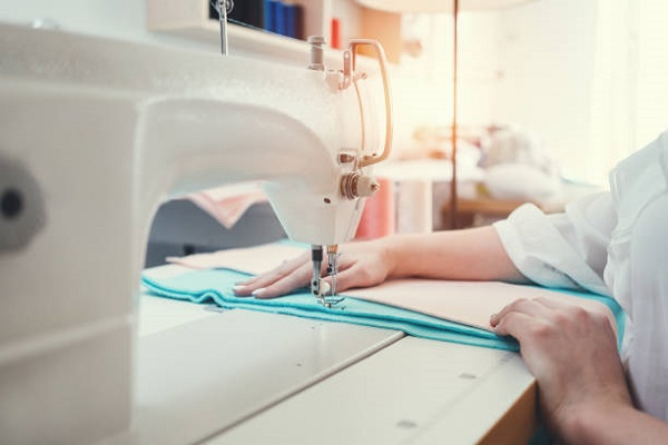 Kinh doanh tiệm sửa quần áo