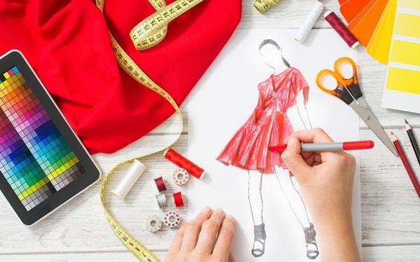 Kinh doanh ít vốn hiệu quả - Bán quần áo online