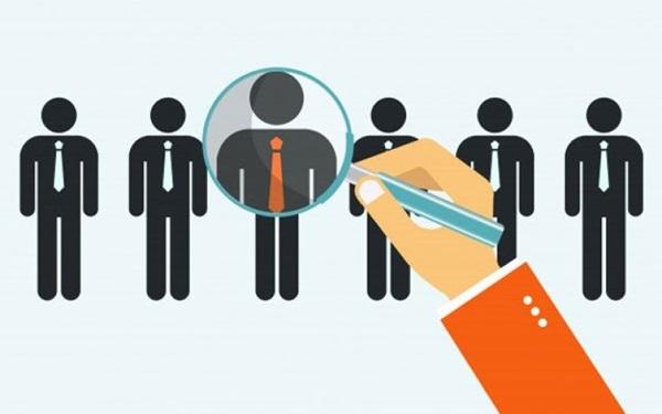Tuyển dụng thêm nhân viên (nếu cần) và tìm kiếm đối tác kinh doanh