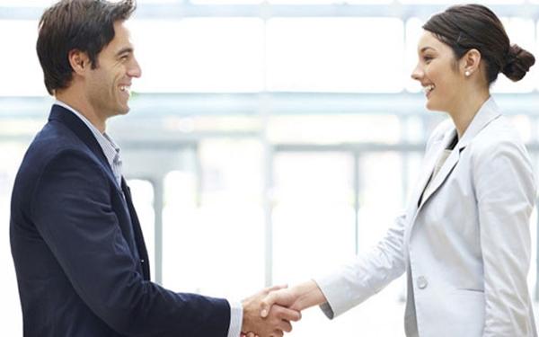 Cách nói chuyện với khách hàng khéo léo và thuyết phục nhất