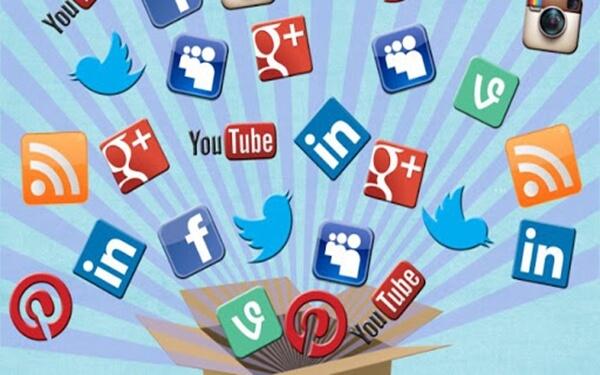 Tiếp cận thông qua mạng xã hội
