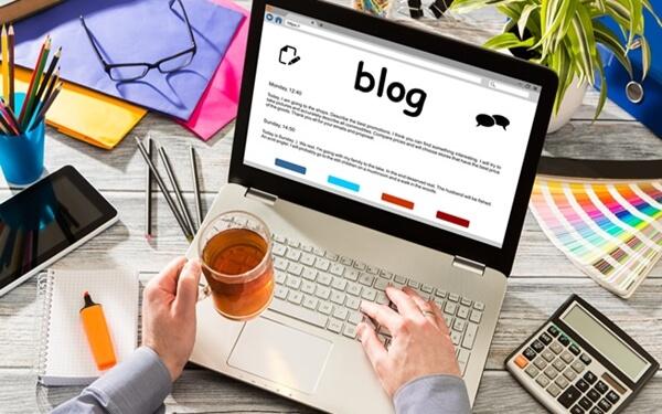 Sử dụng blog, diễn đàn