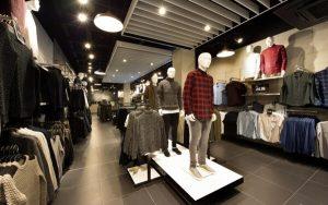 Cách tư vấn bán hàng quần áo nam