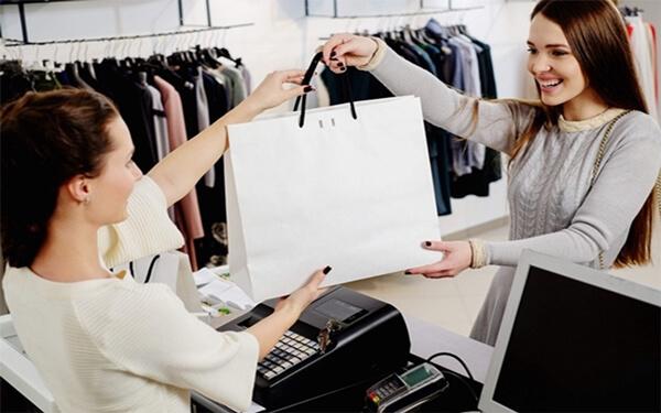 Cách tư vấn bán hàng quần áo nữ hiệu quả