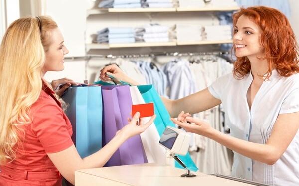 cách tư vấn bán hàng quần áo nữ