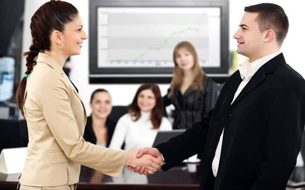 Kỹ năng giao tiếp nơi công sở với cấp trên