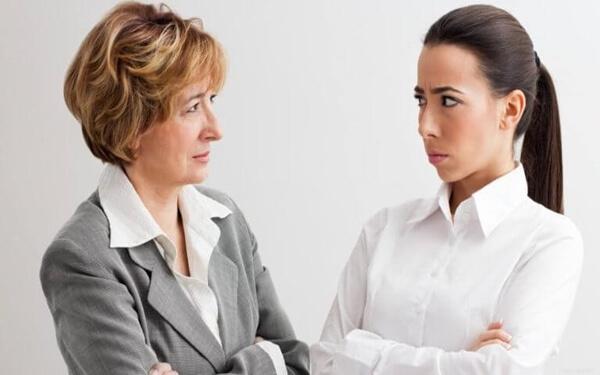 Thể hiện thái độ thất vọng với những nhân viên không chịu làm việc