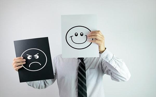 Xử lý các phản ứng tiêu cực từ khách hàng