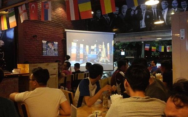 Ý tưởng kinh doanh Cafe bóng đá cực hút khách