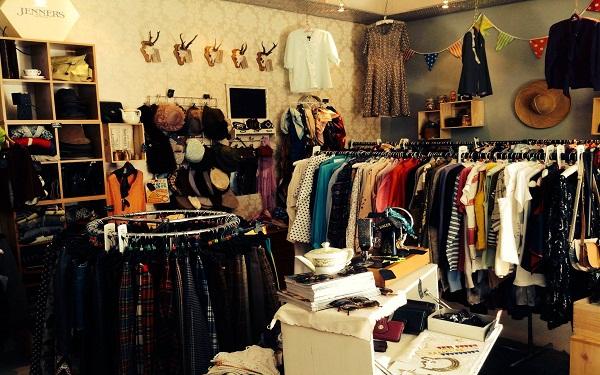 Nguồn hàng quần áo cũ